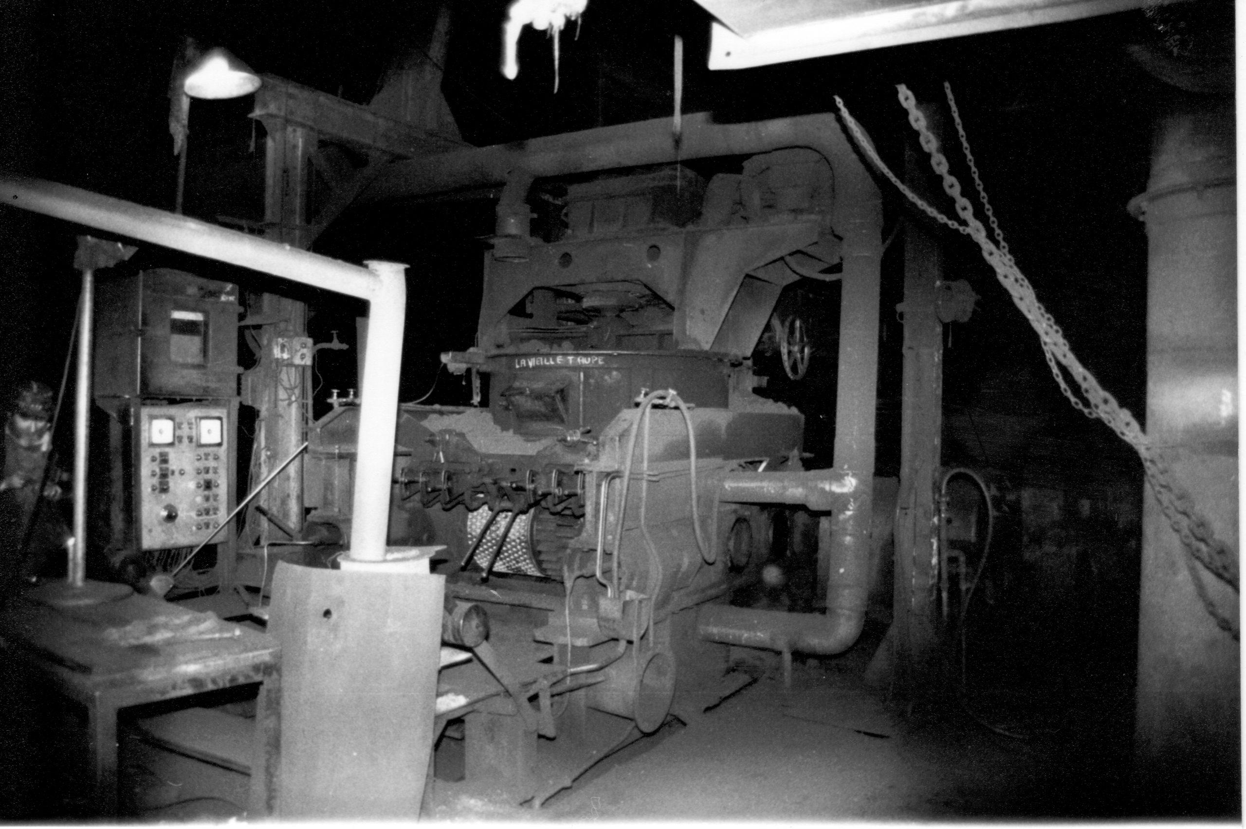 histoire du musée de la mine de Messeix-les presses à boulets