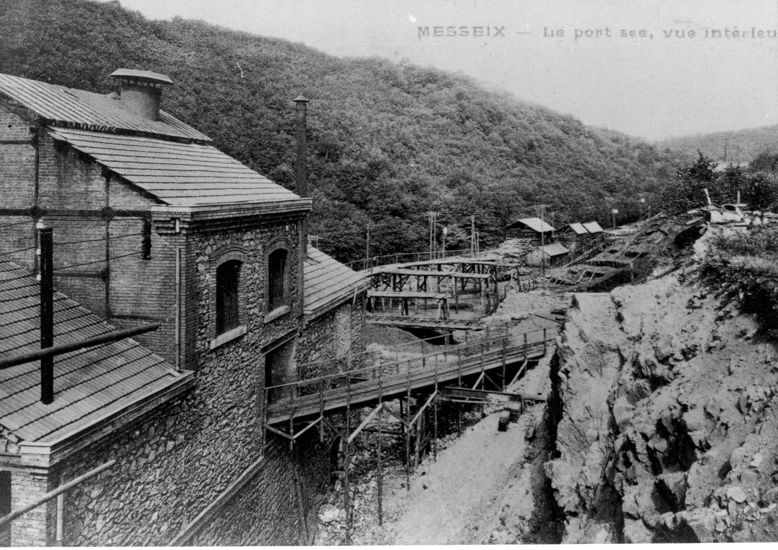 histoire du musée de la mine de Messeix-face arrière des bâtiments