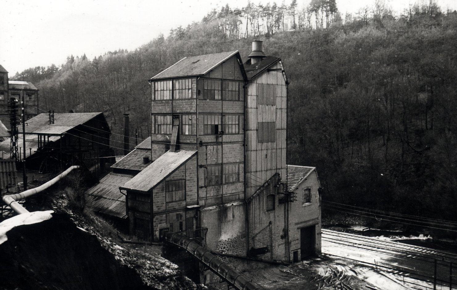 histoire du musée de la mine de Messeix-desserte ferroviaire du Port Sec