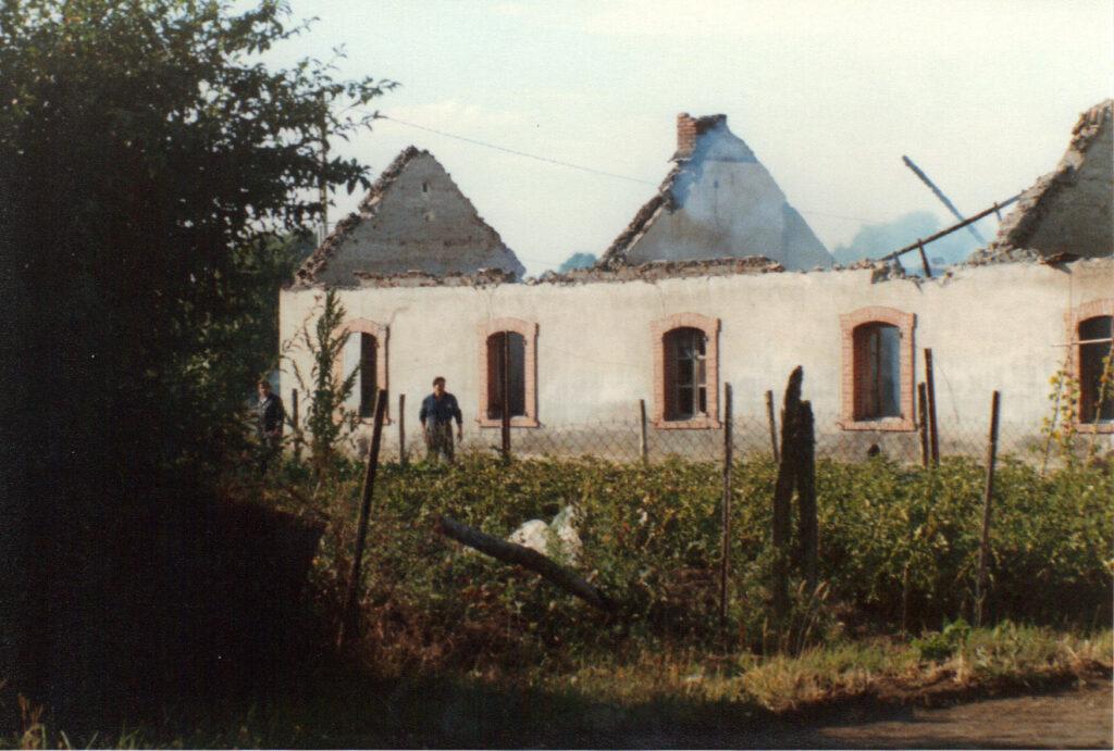 la cité du puits Teyras est détruite par Charbonnages de france
